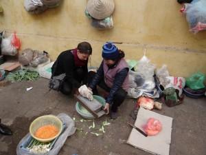 Markt - frisch geraspelte Papaya